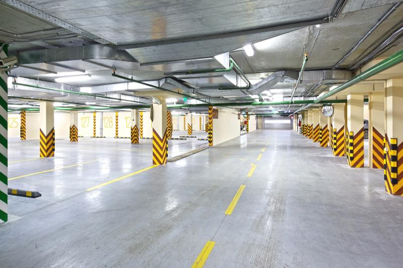 Бесплатная парковка для посетителей центрального офиса на Тверской