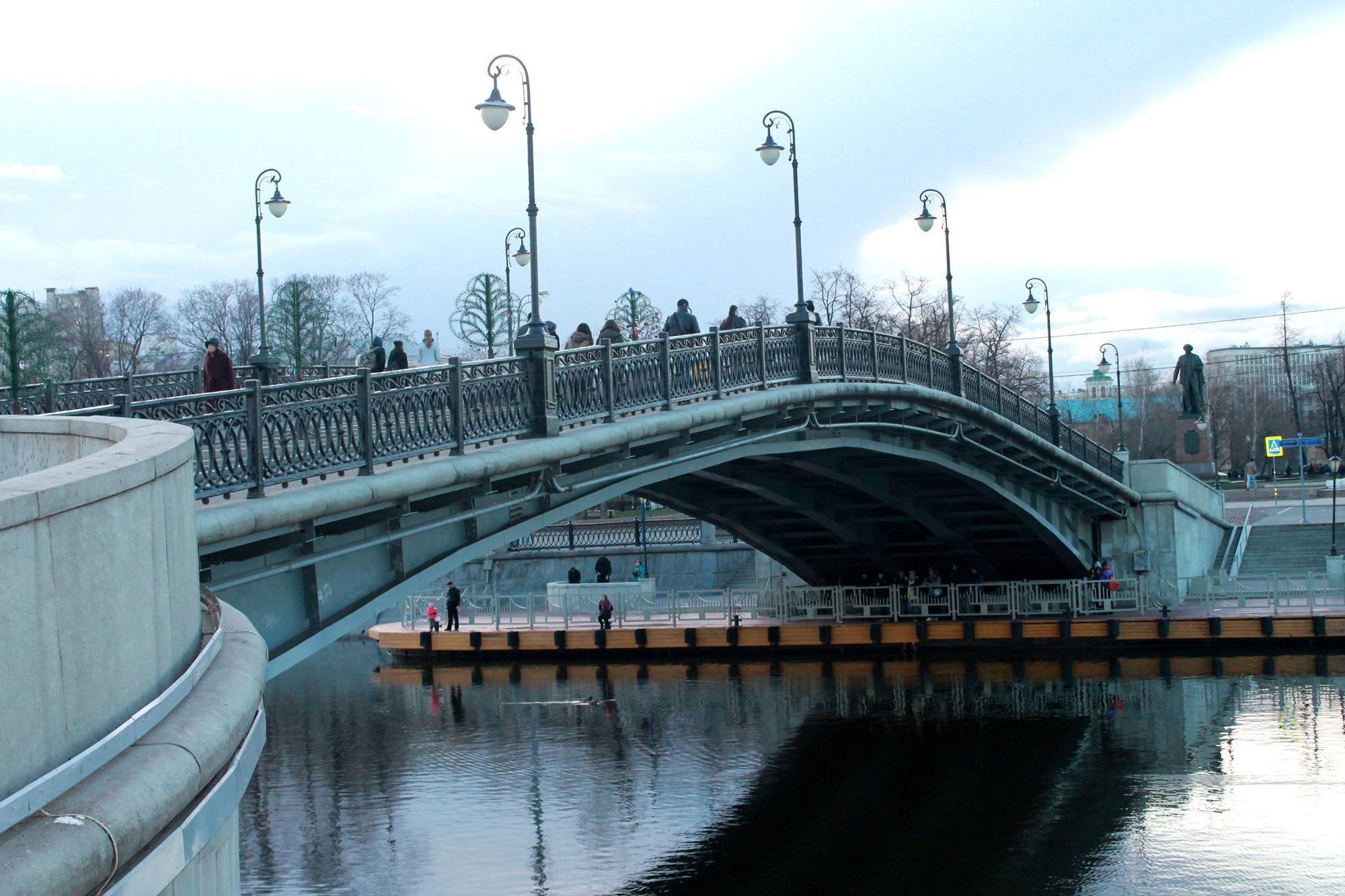 В центре Москвы построят новый пешеходный мост