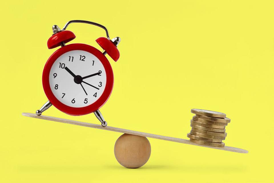 Что выгоднее: уменьшить срок или платеж по ипотеке?