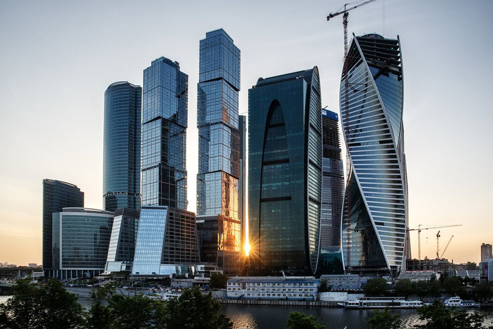 «НДВ-Супермаркет Недвижимости» приступила к реализации Towers OKO